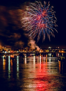 firework-over-ouachita-parish.jpg